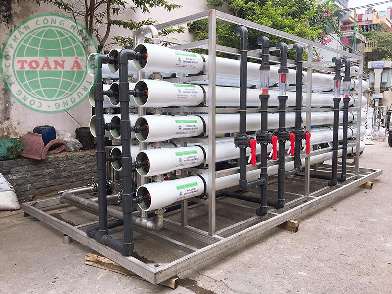Ngoài ra, nước DI tinh khiết còn được sử dụng làm chất điện môi cao áp để hỗ trợ các nghiên cứu về năng lượng.