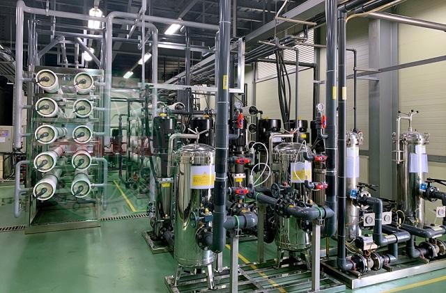 Hệ thống lọc xử lý nước DI chính là hệ thống lọc xử lý nước RO EDI - Reverse Osmosis electrodeionization.
