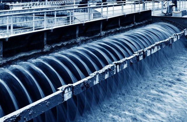 Quá trình xử lý nước mặt diễn ra như thế nào?