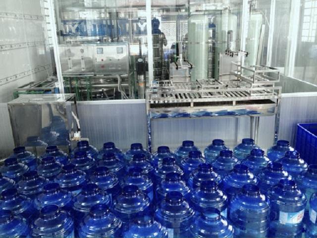 hệ thống lọc nước đóng bình do công ty Toàn Á cung cấp sẽ vận hành theo công nghệ lọc thẩm thấu ngược - lọc RO